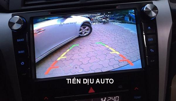 camera lùi ô tô