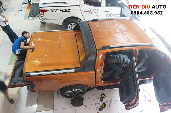 nắp thùng ford ranger 2016