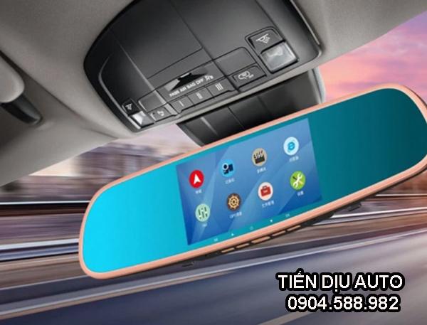 màn hình kẹp gương ô tô