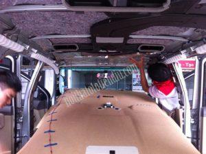 chống nóng trần cho xe hơi