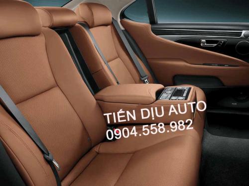 Bọc ghế da ô tô Toyota Innova giá rẻ tại Tiến Dịu