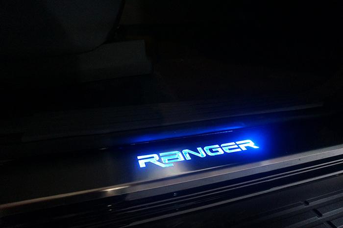 Chuyên phụ kiện Ford Ranger chính hãng giá rẻ. LH 0904588982 - 6
