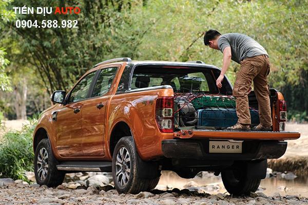 tác dụng nắp thùng ford ranger