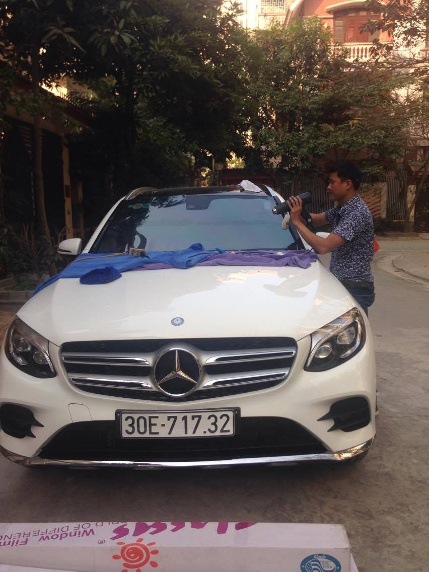 Dán phim cách nhiệt cho xe Mercedes
