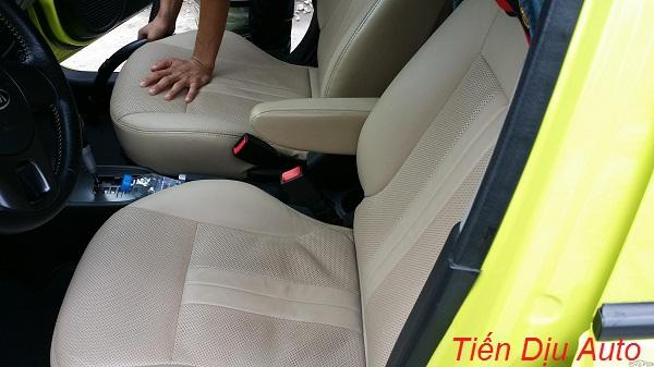 May áo trùm ghế cho xe để giữ nguyên lớp nỉ cũ theo xe