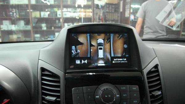 Khuyến mai Camera hồng ngoại siêu nét khi lắp DVD tại Tiến Dịu Auto