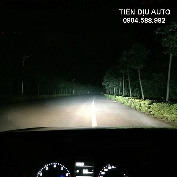đèn xenon ô tô chiếu xa