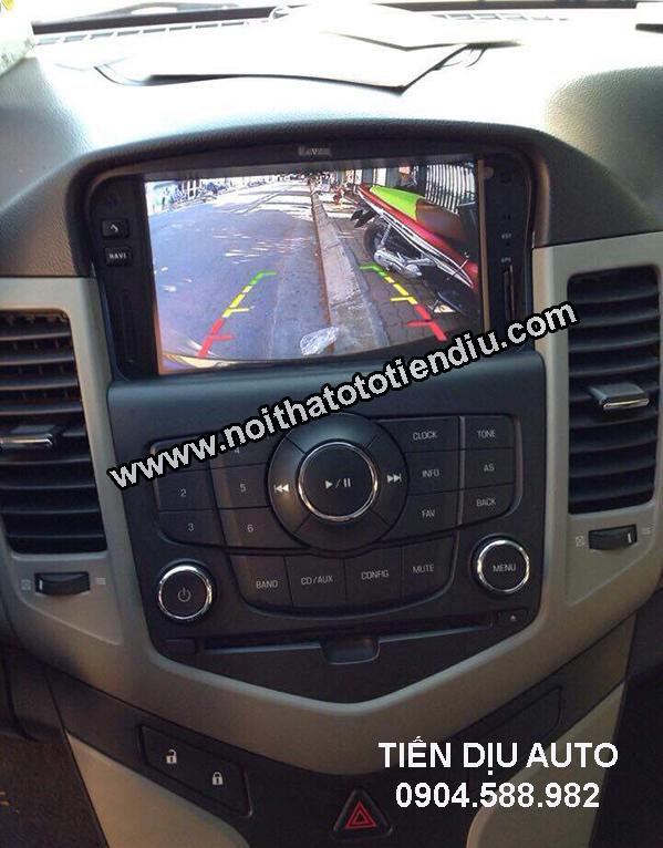 màn hình camera lùi xe lacetti