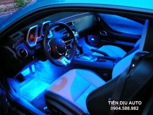 độ đèn nội thất ô tô