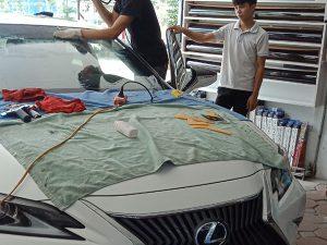 dán phim cách nhiệt Classis cho xe Lexus