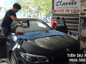 hình ảnh Dán phim cách nhiệt xe BMW