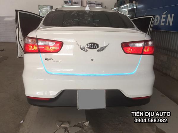 độ đèn hậu xe Kia Rio
