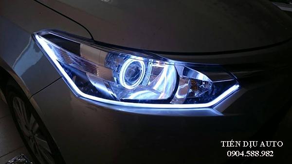 độ đèn pha bi xenon cho xe Innova