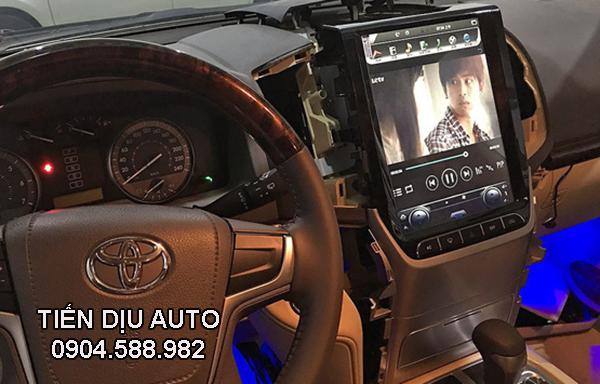 lắp đầu dvd android cho xe Land Cruiser