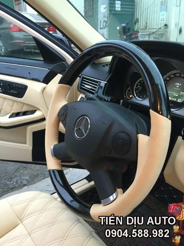 Độ vô lăng xe Mercedes